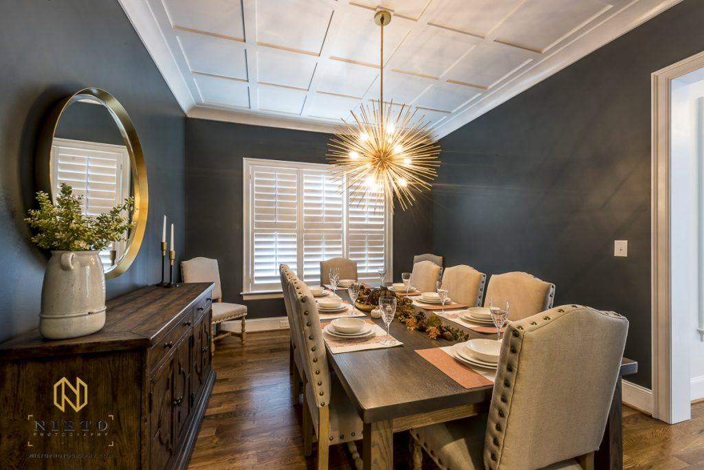 decorated dinning room with blue walls
