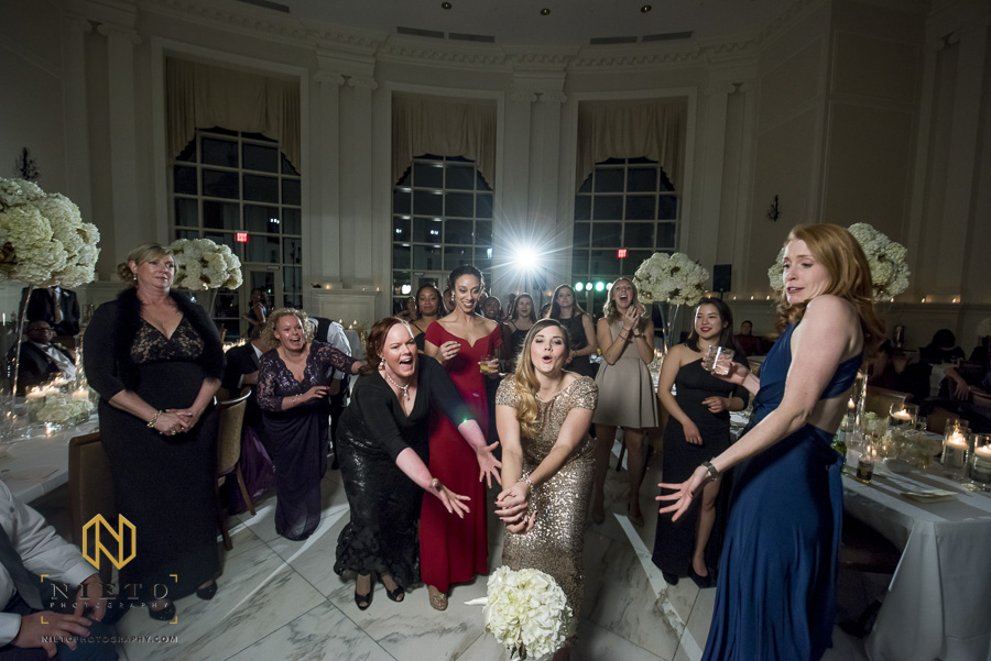 single ladies all miss catching the bouquet at Park Alumni Center