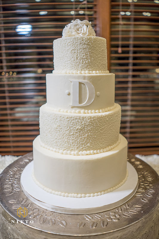white wedding cake from Lyla Jones Bake Shop