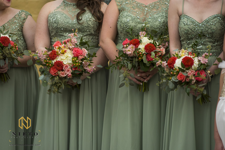 close up of the bridesmaids bouquets