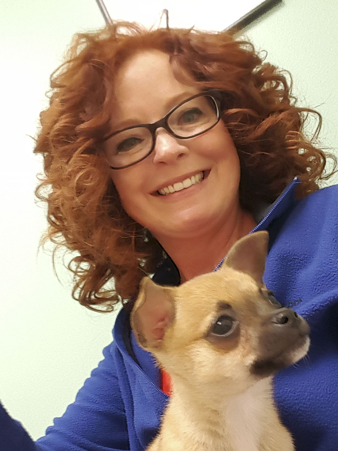 picture of Cheri Leathers and her dog