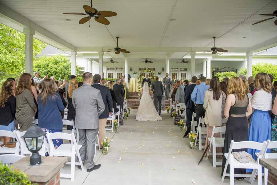 A Hudson Manor wedding ceremony under the pavilion