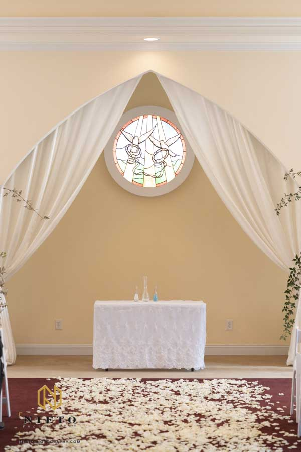 Hudson Manor Chapel wedding alter piece